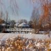 Weiße Brücken im Winter
