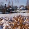 Weiße Brücken im Winter 2